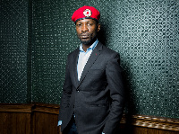 UGANDA: Bobi Wine aanza kunyanyuka