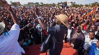 Vijana walipwa KSh 1000 kuhudhuria mkutano wa kisiasa wa Raila