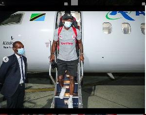 Kikosi cha Simba kikiwasili Uwanja wa ndege, Dar es Salaam