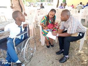 Makala: Mwanafunzi anayetumia kichwa kuchora herufi na ndoto ya kuwa rubani