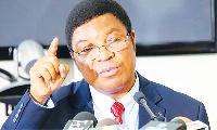 Majaliwa acharuka Majaliwa acharuka bima za wanafunzi