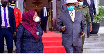 Rais Museveni atua Tanzania kwa ziara ya siku moja, alakiwa na Rais Suluhu