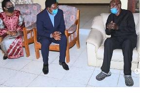 Waziri Mkuu akitoa salamu za pole kwa kiongozi wa TLP