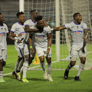 Wachezaji wa Azam FC wakishangilia goli