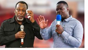 Freeman Mbowe Mwenyekiti CHADEMA na Lengai Ole Sabaya aliekuwa Mkuu wa Wilaya Hai