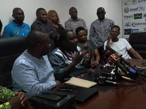 Mpoto ataka wasanii kutovaa viatu kongamano la Nyerere
