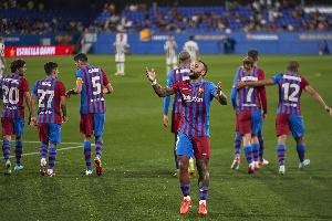 Klabu ya Barcelona ni miongoni mwa Klabu zilizokuwemo katika Uanzisha wa Supa Ligi
