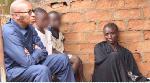 Familia Iliyotembea Uchi wa Mnyama