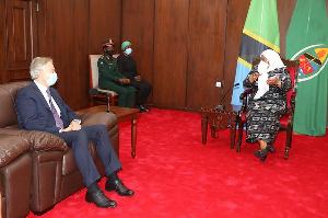 Rais Samia Akutana na Kuzungumza na Tony Blair