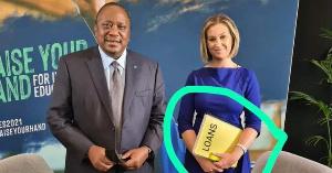 Picha inayomuonyesha Rais Uhuru akiomba mkopo Uingereza ni feki