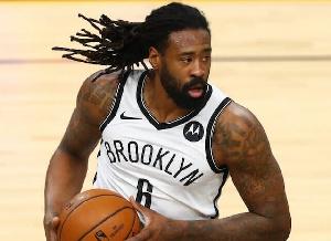 LA Lakers yainasa saini ya DeAndre Jordan