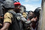 BREAKING: Bob Wine akamatwa na polisi
