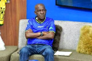 Aliekuwa Mchambuzi wa Masuala ya Soka, Mwalimu Kashasha