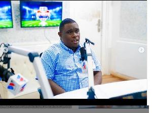 Kaimu Afisa Habari wa Simba SC, Ezekiel kamwaga