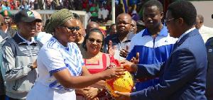 Majaliwa atetea 'mapro' kukipiga Ligi Kuu nchini