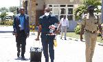 Picha 6:Mbunge Jerry Slaa afika bungeni, aitikia wito kamati maadili
