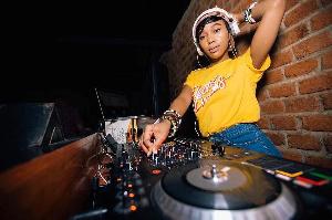 DJ SinyorRita ajivunia kuwa na fani ya kipekee