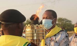 Mwenge watilia shaka ujenzi maabara ya Sekondari Anthony Mtaka